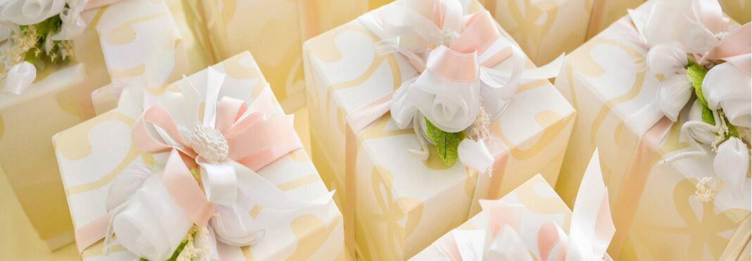 bachelorette party gifts for bride