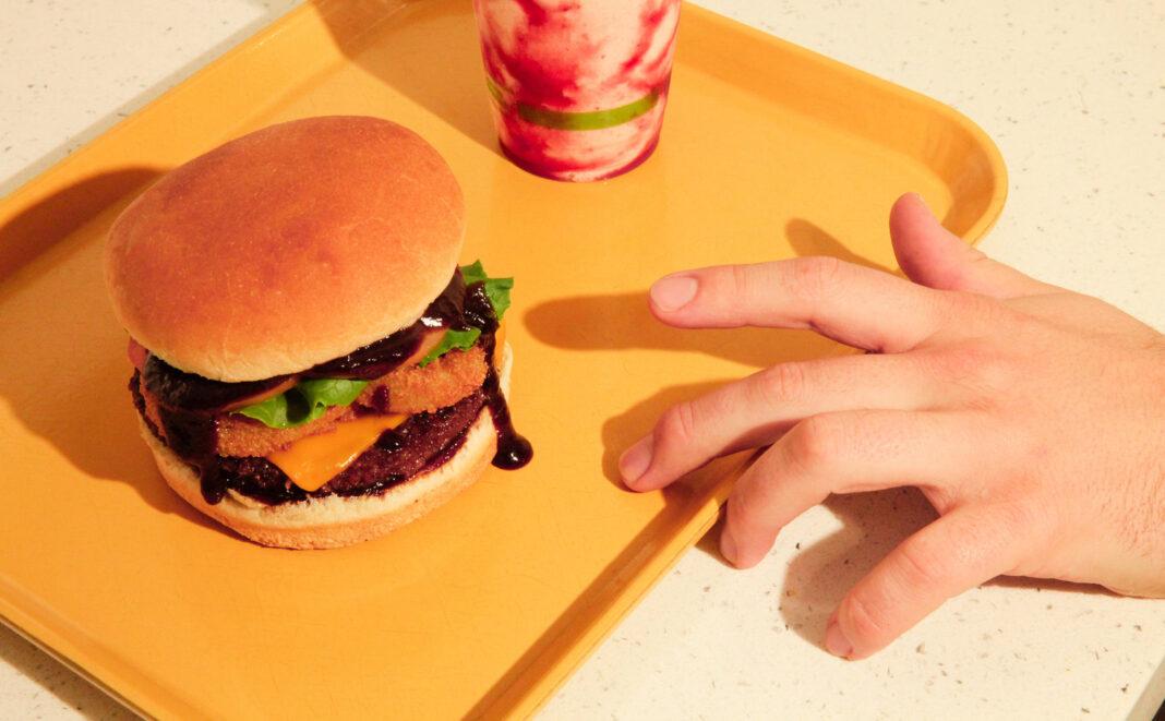 Zach Vouga, Plant Power Fast Food, 100% vegan food chain